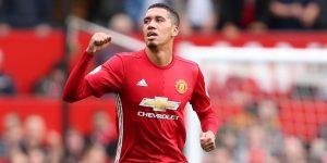 Mourinho Akan Buang Tiga Bek United