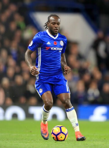 Moses Pemain Terbaik Liga Inggris Bulan November