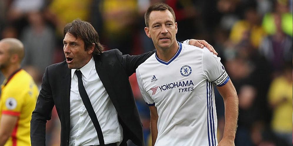 Conte Bicara Tentang Masa Depan Terry di Chelsea