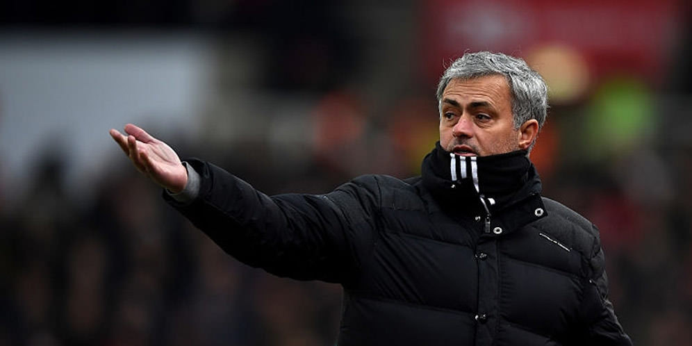 Ferguson Nilai Mourinho Sekarang Lebih Kalem