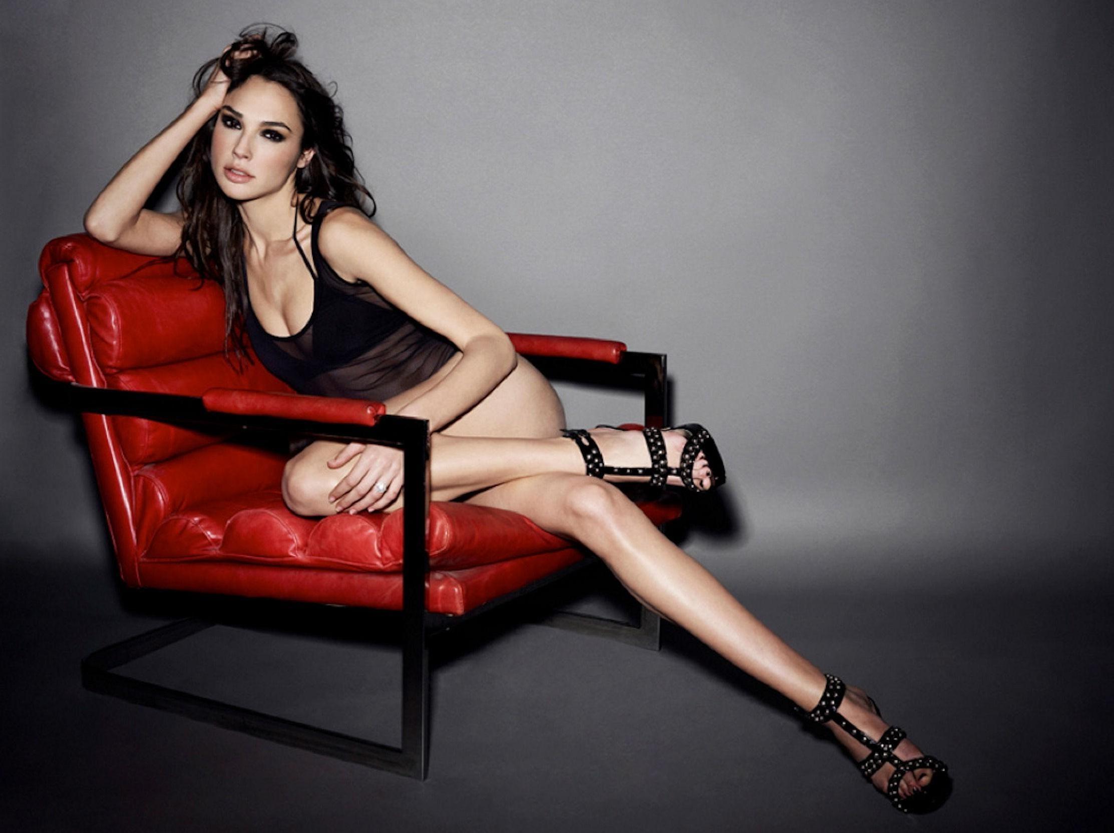 Gal Gadot, Miss Israel 2004 Yang Sukses Jadi Aktris Terkenal