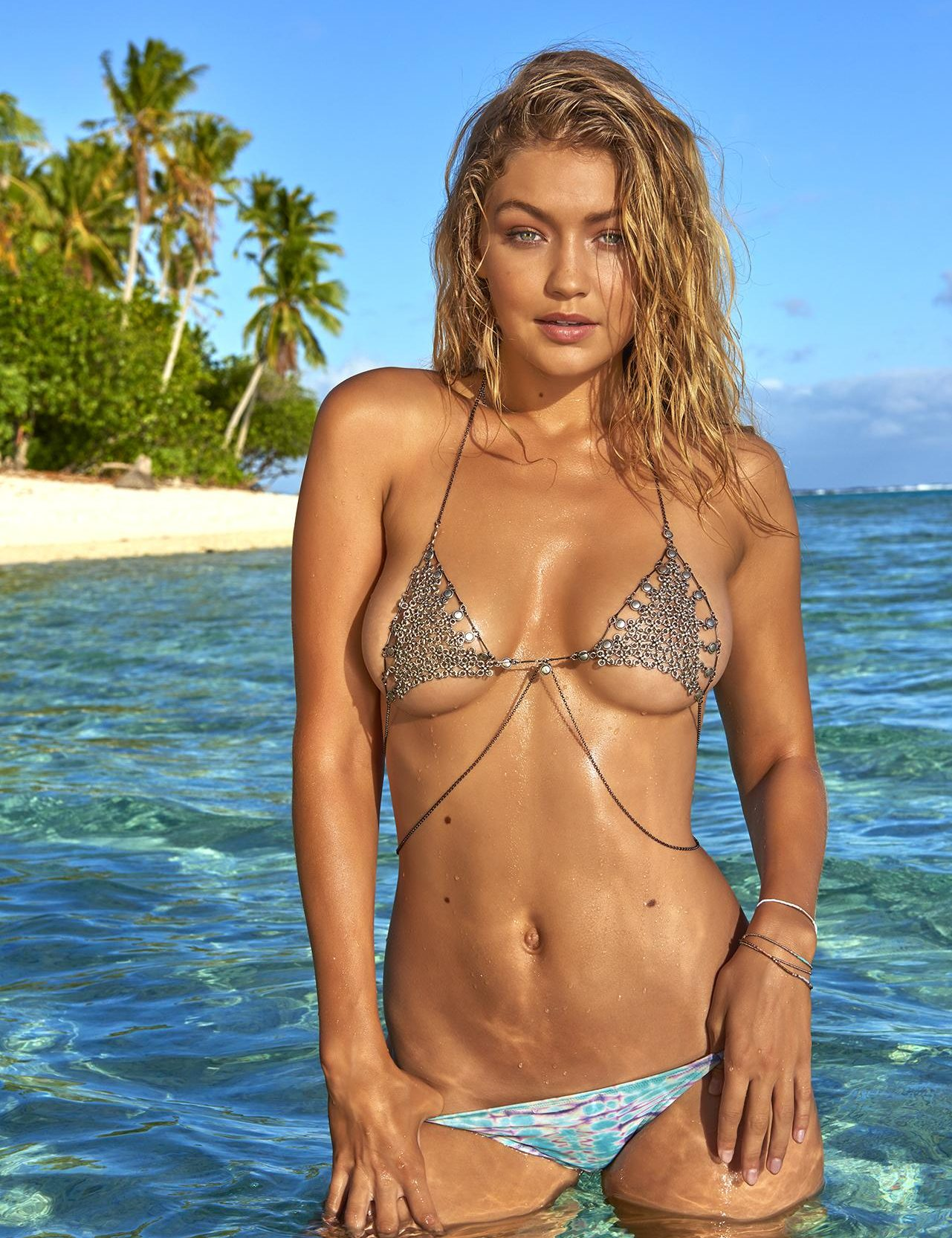 Gigi Hadid Model Seksi California Yang Meraih Sukses