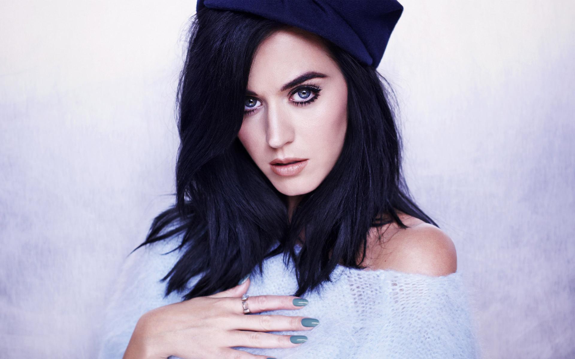Katy Perry, Penyanyi Seksi dan Hot