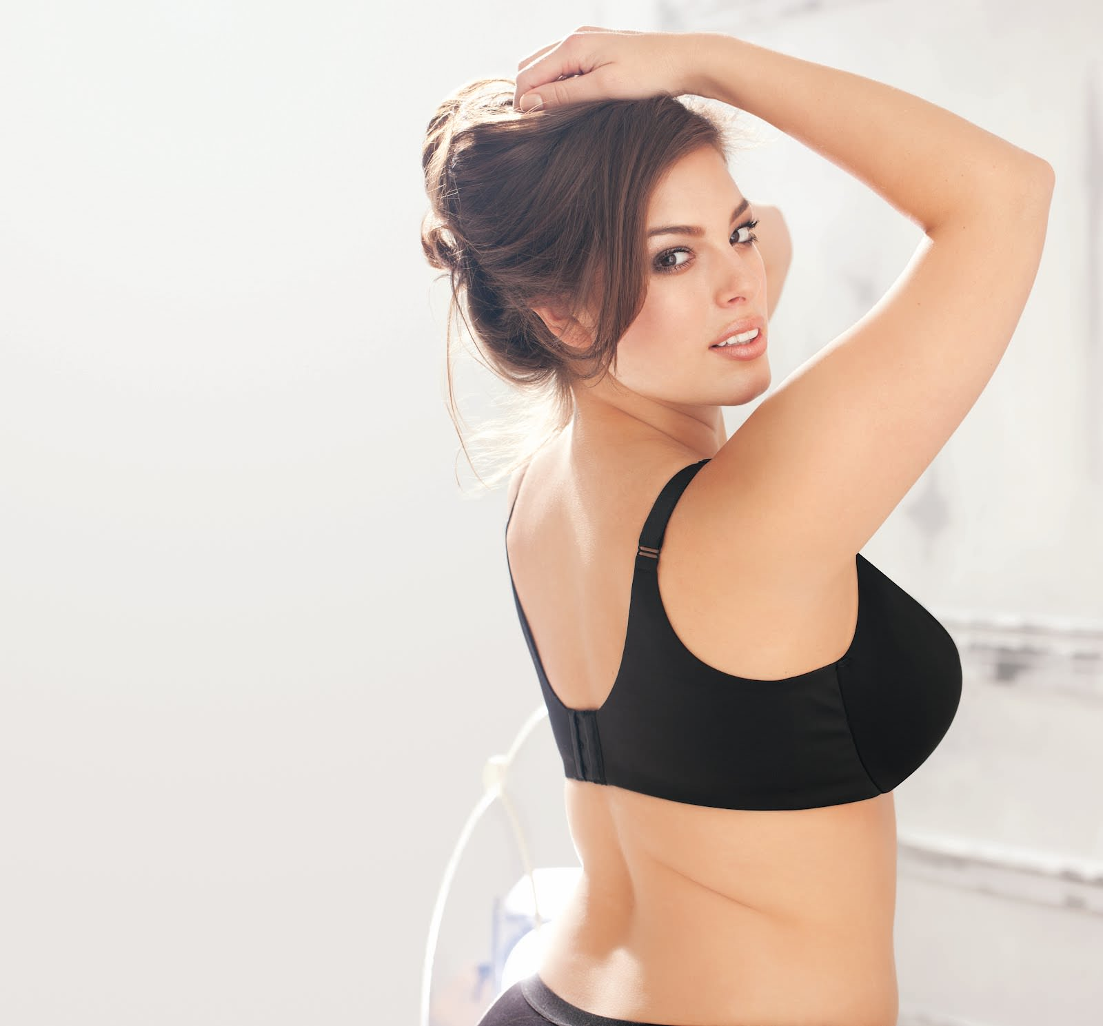 Ashley Graham, Model Bertubuh Gempal Yang Seksi dan Hot
